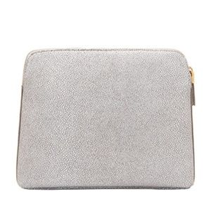 India Hicks insider stingray clutch